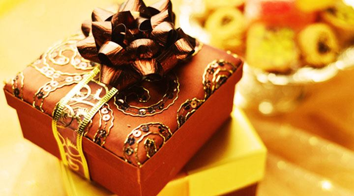 All you need to know about Eidi & Eid Gift Ideas